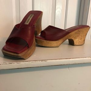 6de81a5677c Steve Madden. Steve Madden wooden wedged shoes 7